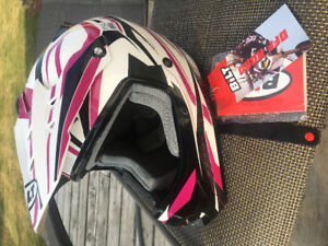 Brand NEW Atv/dirt bike/off road Women's Helmet Pink/black/white
