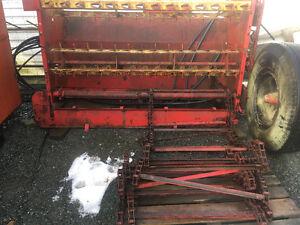 New Holland #8 forage wagen parts