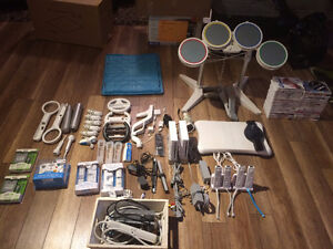 Nintendo wii systems and lots of extras