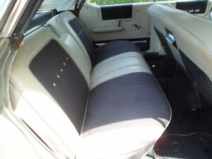 CLASSIC CHRYSLER 300 (83000) MILES FROM NEW Peterborough Peterborough Area image 7