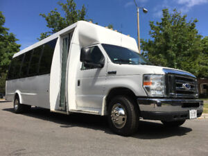 2014 Ford E450 Federal Spirit Bus - 24 Passenger + Rear Luggage