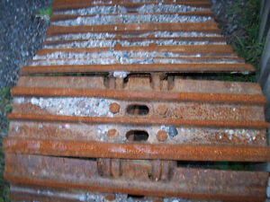 excavator or dozer track shoes for sale