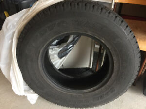 Winter Toyo Open Country WLT1 LT245/75R17