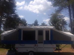 Tente-roulotte Flagstaff 10 pieds de plancher