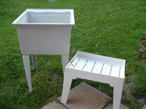 Lavabo d'atelier salle a lavage + table (Livraison possible)