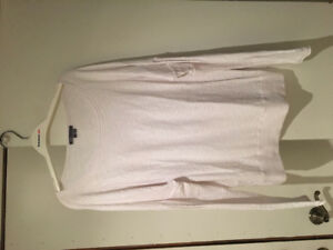 Vince white long sleeve sweater/top