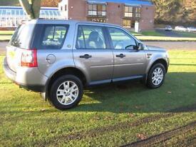 Land Rover Freelander 2 2.2Td4 SE 4x4 SAT/NAV Panoramic Roof Bluetooth