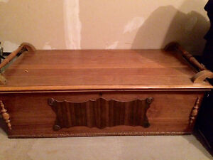 Cedar Chest Kijiji Free Classifieds In Ontario Find A