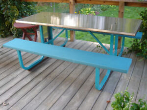 Outdoor Picnic Table, Stainless Steel top, Umbrellas