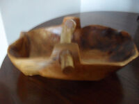New wooden fruit bowl with handle