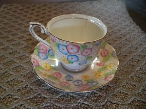 ROYAL ALBERT TEA CUP AND SAUCER Windsor Region Ontario image 6