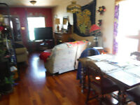 Cozy 1 bdrm home in Inglewood. Available Dec. thru March.