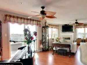 West End rare find. Adult bldg Lakeview luxury condo