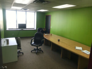 Office Space for Rent: $600 monthly, free parking!