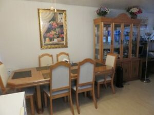 Solid Oak Dining Room Table Chairs China Cabinet And Hutch