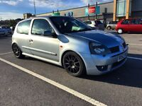 Clio 172 low milage!!!!!