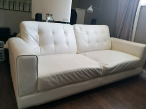 Couch/chair/coffee table/Tv stand