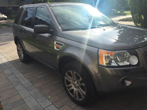 Silver Land Rover LR2 FOR SALE