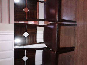 3 chairs in excellent condition