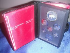 Coins - 1985 Double Dollar Proof Set in Original Case