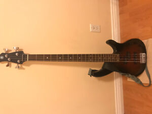 Selling YAMAHA Bass Guitar