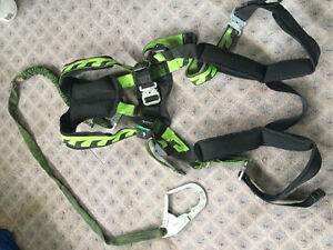 Miller air core safety harness