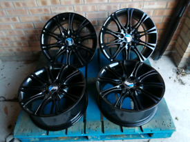 Genuine BMW 18inch Refurbed Powder Coated MV2 alloys Gloss Black Stagg