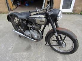BSA M20 1954 MANUFACTURED, BARN FIND MAKE A GOOD PROJECT.