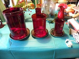 Ruby Red 18 Karat Glass Display for your Dining Table