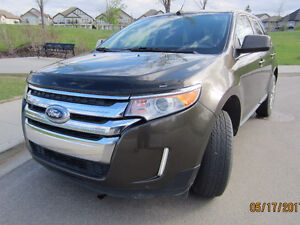 Mint Condition 2011 FORD EDGE LIMITED FWD