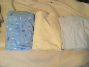 Kushies Brand New Condition Flannel Crib/toddler bed/crib sheets