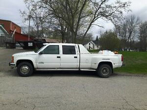 1999 Chevrolet C/K Pickup 4x4 Dually 3500 Pickup Truck