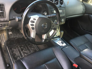 Nissan Altima 2009 special edition- need to go quickly