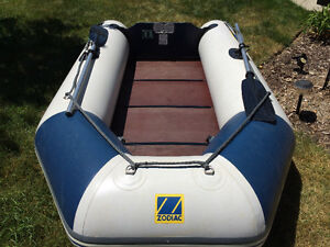 ZODIAC INFLATABLE complete with YAMAHA OUTBOARD