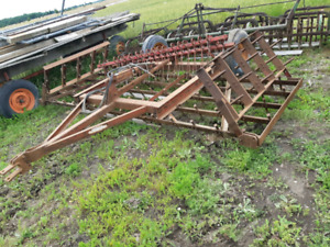 16ft Harragator and a set of finger harrows