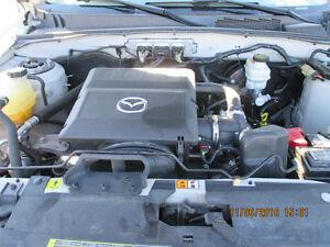 2009 Mazda Tribute GS V6 519-728-0101  northshoreautosales@gmail Windsor Region Ontario image 7
