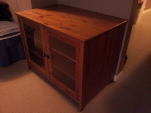 Cabinet and table for sale and pick-up close to the UofA