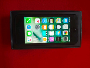 iPhone 5 64GB Black Unlocked