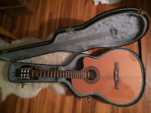LaPatrie Classical Guitar - LIKE NEW