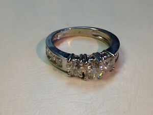 14K white gold diamond ring 1.82 ct. total diamond