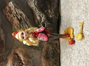 Ever After High Doll Apple White Cambridge Kitchener Area image 1