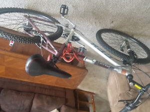 Mens ccm mountain bike 21 speed