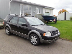 2005 Ford FreeStyle Familiale AWD SEL Saguenay Saguenay-Lac-Saint-Jean image 2
