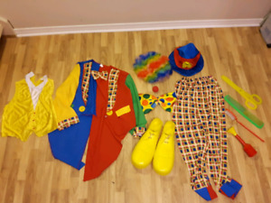 Full Clown  costume with many accessories