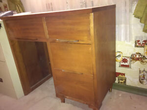 Vintage Desk Kitchener / Waterloo Kitchener Area image 2