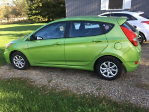 ***2013 Hyundai Accent GLS Hatchback/ Loaded