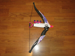 Nerf Rebelle Bow with Darts