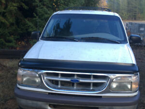 1997 Ford Explorer SUV, Crossover