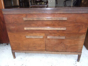 gibbard solid wood buffet with 2 drawers and a cupboard