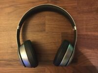 Beats solo 2 wireless space grey special edition